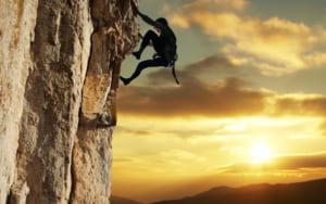free rock climber 1415093660361 300x188 - Những Lí Do Nên Kinh Doanh Mỹ Phẩm
