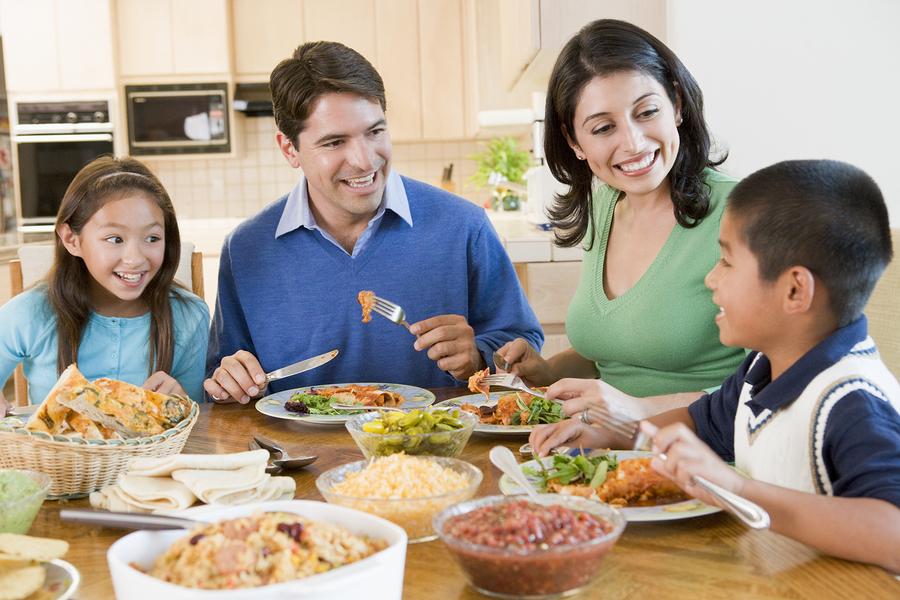 Chuẩn bị bữa sáng tại nhà để tiết kiệm chi phí