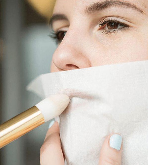 hinh 9 1 - Cách son môi lâu trôi và bí quyết ít ai biết