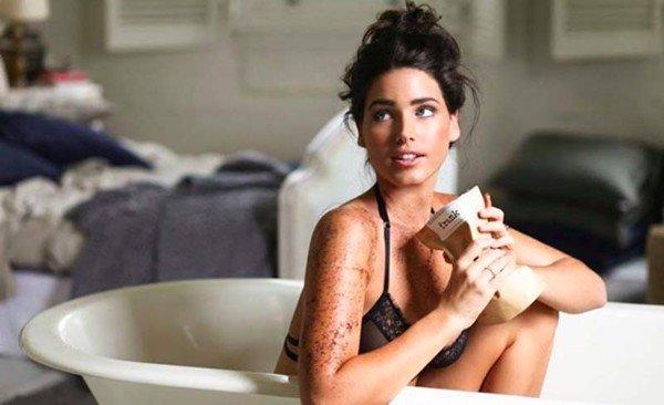 image3 602376b6bd8246cfaf5edbb6d99715c6 grande - Mẹo sử dụng sữa tắm đúng cách cho làn da mềm mịn, săn chắc