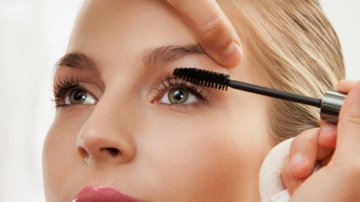 OROGOLD Cosmetics Ancient Egyptian Beauty Mascara md72xyaltqmt1bcwioejeh2vpny5sbgchy2xqr6els e1541143867216 1280x720 1 - Top loại mascara chống lem tốt nhất hiện nay được chị em ưa chuộng