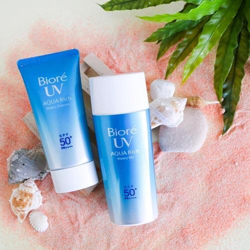 kem chong nang biore uv aqua rich watery essence - Kem chống nắng Biore có tốt không, giá bao nhiêu?
