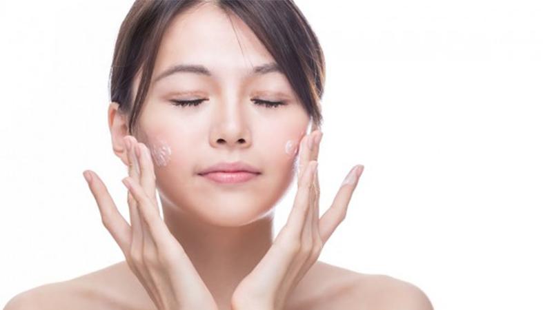 3 825 - Hướng dẫn các bước sử dụng mỹ phẩm để chăm sóc da đúng cách