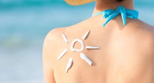 9 - Cách phục hồi da bị cháy nắng trong mùa hè nắng nóng này